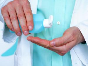 Firma Prymulovy dcery získala dotaci k výrobě dezinfekce