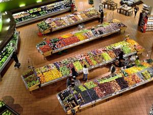 V obchodech bude od středy omezení počtu lidí na plochu