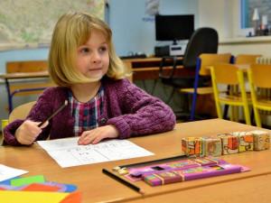 Do ZŠ přišla většina dětí, do speciálních škol polovina