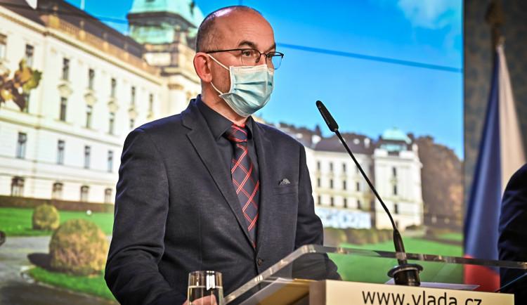 ČR uvolní v pondělí opatření proti koronaviru, ve škále PES na 4