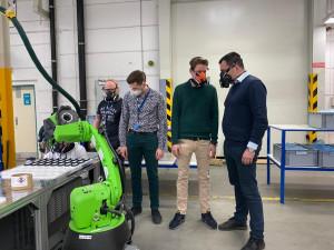 Europoslanec Zdechovský podpoří v Bruselu plzeňského výrobce ochranných masek WPA
