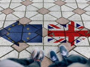 Politici vítají dohodu unie s Británií, hlavně kvůli ekonomice