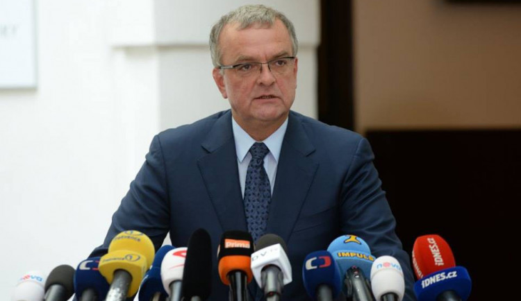 Miroslav Kalousek složil poslanecký mandát
