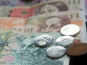 Koronavirový příspěvek podnikatelům se zdvojnásobí na tisíc korun