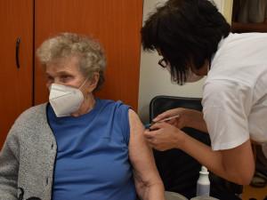 PRŮZKUM: Informování vlády o očkování je dle praktiků nedostatečné