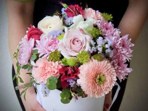ANALÝZA: Zájem o rozvoz květin je na MDŽ větší než na Valentýna