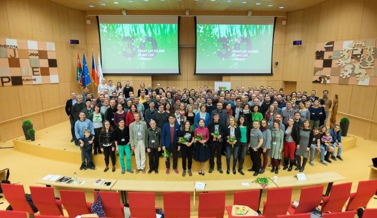 Zelení vyzvali ke spolupráci ve volbách menší subjekty nalevo od středu