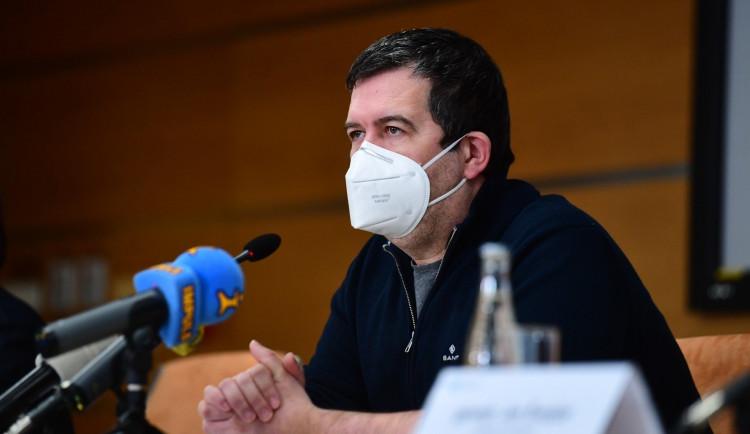 Hamáček odmítl tvrzení, že chtěl kauzu Vrbětice vyměnit za vakcínu a summit