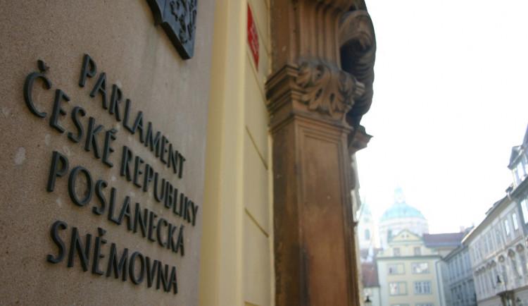 Poslanci probírají Hamáčkovu zrušenou cestu do Ruska za zavřenými dveřmi