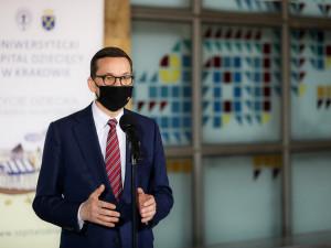 Polský premiér Morawiecki: Polsko nepřeruší práce v uhelném dole Turów