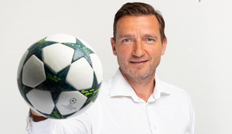 Jsem překvapen, kolika klubům vyhovují staré struktury, říká Vladimír Šmicer