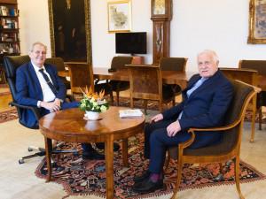 Klaus oslavil na Hradě 80. narozeniny, Zeman ho vyzval k návratu do politiky