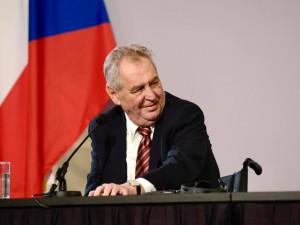 Prezident Zeman se v pondělí setká se slovinským prezidentem Pahorem