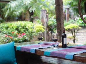 Jak pečovat o zahradní nábytek, aby vydržel dlouhé roky?