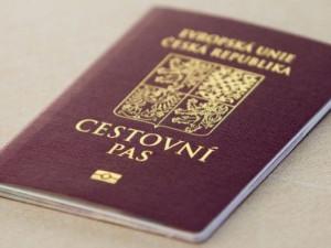 Lidé ode dneška až do neděle nemohou žádat o pasy a občanské průkazy