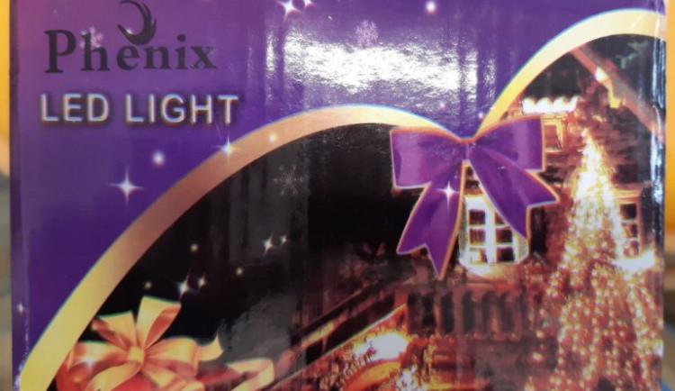 ČOI zakázala prodej světelněho řetězu, hrozí u něj zásah proudem