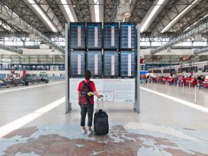 Na pražské letiště se vrací další dopravci, ostatní aerolinky přidávají spoje