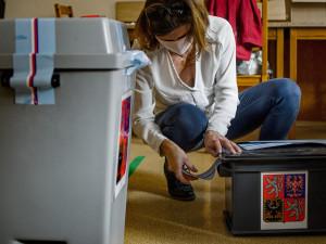 Středoškoláci si 20. a 21. září vyzkouší sněmovní volby. Zatím se přihlásily skoro tři stovky škol