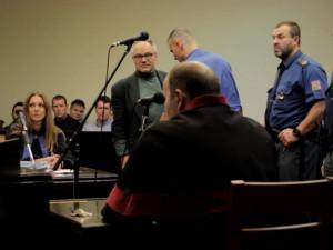 Lékaři a experti podpořili vězněného konopného léčitele Dušana Dvořáka. Obrátili se na Ústavní soud