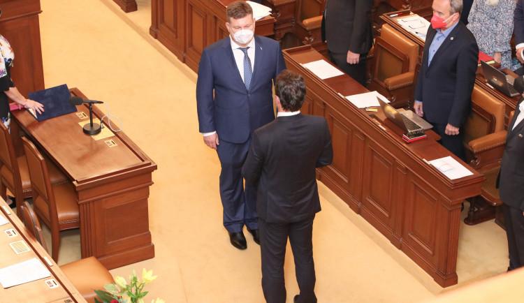 Poslední řádná schůze Sněmovny včera skončila, poslanci se ještě sejdou k Bečvě
