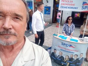 Bezpečí nemusí trvat dlouho, prodavači kebabu odvádějí daň na džihád, říká pražský poslanec za SPD