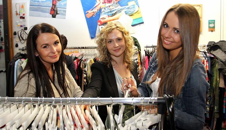 Fitting v českokrumlovském butiku Hala Bala